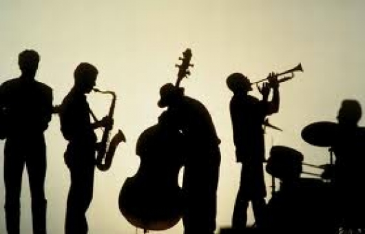 Ir al evento: Jazz en vivo en Café Central
