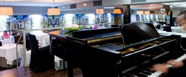 Ir al evento: Cena en EL CAFÉ DE LA ÓPERA
